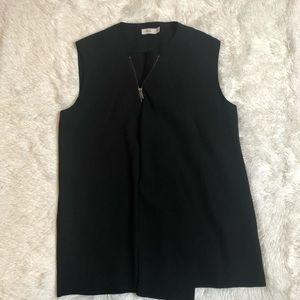 VINCE Black sleeveless half zipper blouse S